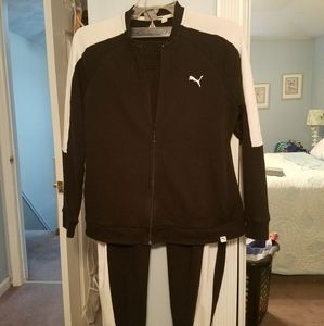 BLACK AND WHITE SWEATSUIT